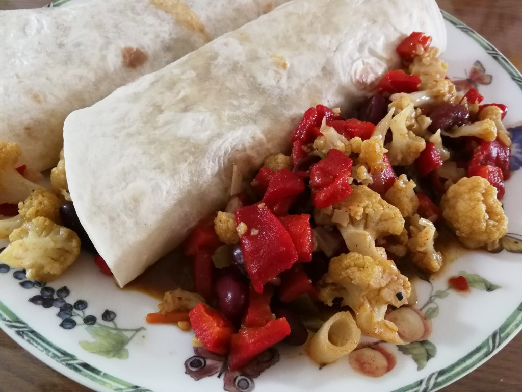 wrap bloemkool curry kidneybonen peulvruchten
